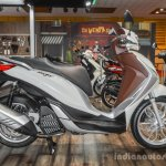 Piaggio Medley 125 ABS side at Auto Expo 2016