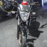 Suzuki Gixxer rear disc brake variant front at Auto Expo 2016
