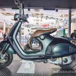 Vespa 946 Armani 125 seat at Auto Expo 2016