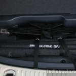 2016 Ford Endeavour 2.2 AT Titanium lifting jack Review