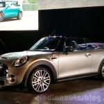 2016 Mini Convertible front quarter India launch