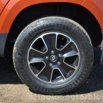 2016 Renault Duster facelift AMT wheel Review