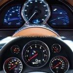 Bugatti Chiron vs. Bugatti Veyron instrument cluster