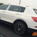 China-spec 2016 VW Tiguan spy shot