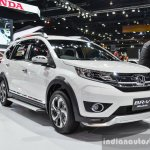Honda BR-V Modulo front three quarter at the 2016 BIMS
