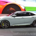 Honda Civic Hatchback Prototype side profile at the 2016 Geneva Motor Show