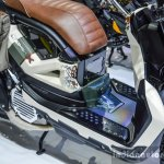 Honda Zoomer-X by Sry Shop floor board at 2016 BIMS