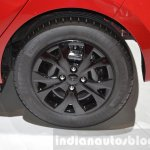 Hyundai i10 GO! wheel cap at the 2016 Geneva Motor Show