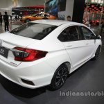 Honda Greiz at 2016 Beijing Motor Show rear three quarters right side