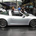 2016 Porsche 911 Targa 4 side profile at Auto China 2016