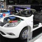 Changan EADO plug-in at Auto China 2016 front three quarters