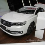 Dongfeng Fengshen A9 at Auto China 2016 front three quarters left side