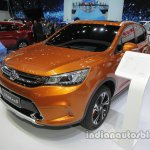 Dongfeng Fengshen AX5 at Auto China 2016 front three quarters left side