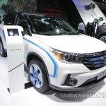 GAC Trumpchi GS4 EV front three quarters at Auto China 2016