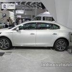 Roewe e950 side profile at Auto China 2016
