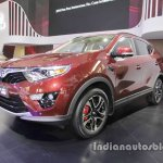 SouEast DX7 at Auto China 2016 front three quarters left side
