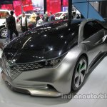 Toyota Ranz RF-EA1 concept front three quarters left side at Auto China 2016