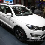 Zotye X5 white at Auto China 2016 front three quarters