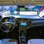 2016 Toyota Corolla (facelift) dashboard Live Images