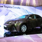 2016 Toyota Corolla (facelift) front three quarter Live Images