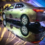2016 Toyota Corolla (facelift) rear three quarter Live Images