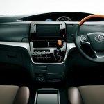 2016 Toyota Estima (facelift) interior