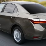 2017 Toyota Corolla rear (facelift) images