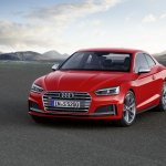 2016 Audi S5 Coupe front three quarters