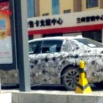 2017 BMW 5 Series shows its side profile in new spyshots