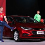 China-spec 2017 Chevrolet Cruze front three quarters launch event