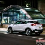 Nissan Kicks official image driving shot
