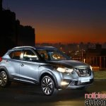 Nissan Kicks official image front three quarters right side standstill night view