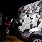 2017 Land Rover Discovery seating layout
