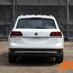 VW Teramont rear spy shot