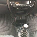 2016 Honda Brio (facelift) floor console image