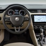2017 Skoda Octavia (facelift) interior unveiled
