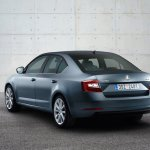 2017 Skoda Octavia (facelift) rear three quarter unveiled