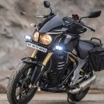 Mahindra Mojo Tourer Edition front three quarters left side standstill