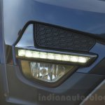 Tata Hexa XT MT daytime running lights Review