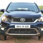 Tata Hexa XT MT front lights on Review
