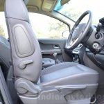 Tata Hexa XT MT front seat adjustment Review