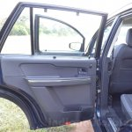 Tata Hexa XT MT rear door Review