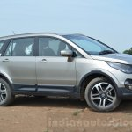 Tata Hexa XTA AT front three quarter Review