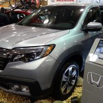 2017 Honda Ridgeline front three quarters at 2016 Bogota Auto Show