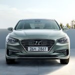 2017 Hyundai Grandeur front