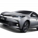 2017 Toyota Corolla Altis front three quarter Thailand