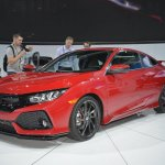 Honda Civic Si Prototype front three quarters at 2016 LA Auto Show