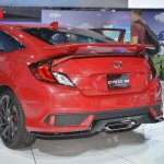 Honda Civic Si Prototype rear three quarters left side at 2016 LA Auto Show