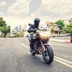 Kawasaki Versys 650 front motion