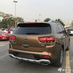 Kia KX7 rear three quarters
